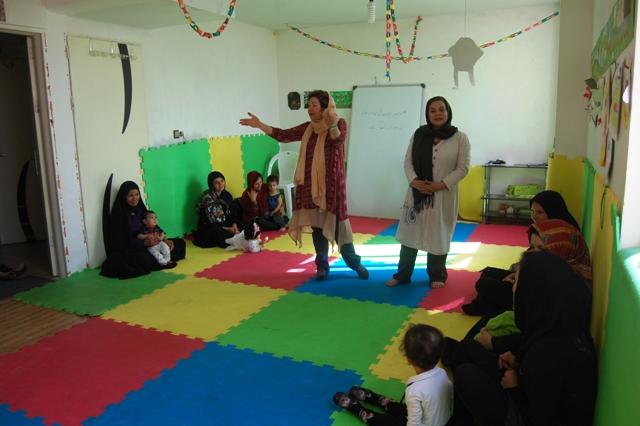 تجربه کتابخوانی با نوزاد و نوپا در خانه فرهنگ محمودآباد