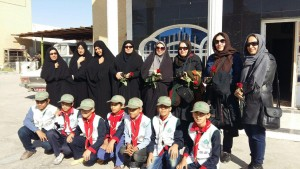 Children and aouthorities welcome RWM trainers - Read with Me in Zabol - Dec 2015