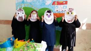 Making Masks in RWM Art Activities Workshop - Read with Me in Zabol - Dec 2015
