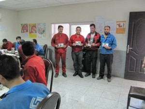"""Sazvar Sazeh Azarestan Workers receiving their prize for """"Memorials of Reading with Each Other"""" photography competition"""