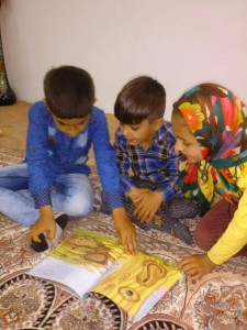 """""""Memorials of Reading with Each Other"""" Photography Competition Winner Picture"""