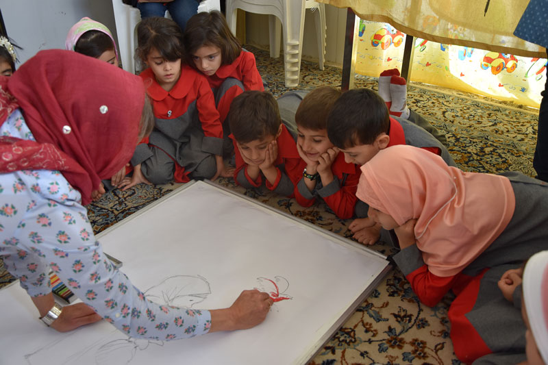 The Red Bird Workshop - Read with Me in Hasseh, Isfahan - November 2016