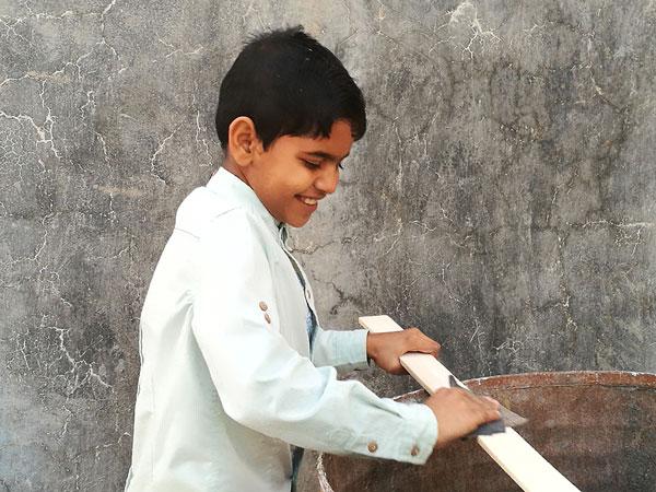 مشارکت کودکان در پیشبرد کارهای کتابخانه – بهمن 1395