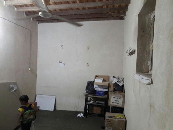 فضاسازی اتاق بلندخوانی کودکان خردسال با تصویرهایی از کتاب «چه و چه و چه، یک بچه»