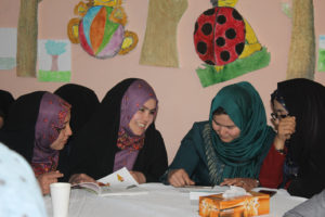 Teachers in Read with Me seminar in Mazar-e-Sharif - Read with Me in Mazar-e-Sharif, April 2017