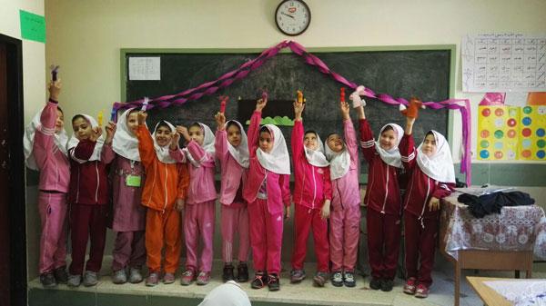 اجرای برنامه «با من بخوان» در مدرسههای منطقه