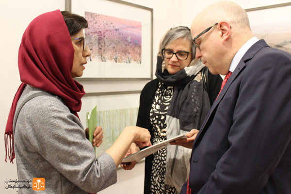 Zohreh Ghaini, the head of Read with Me and Keijo Norvanto, the Finnish Ambassador