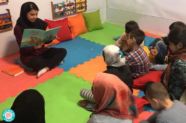 برگزاری نشستهای بلندخوانی در کتابخانه آناهیتا