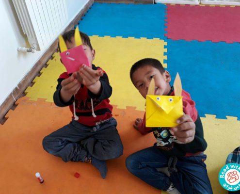 بلندخوانی کتاب برسد به دست معلم عزیزم، محمودآباد، مهر96