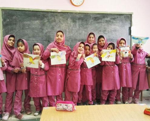 بلندخوانی کتاب «من که هستم»، محمودآباد، دی ماه 96