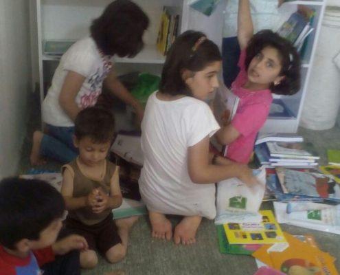 فعالیتهای گروهی در کتابخانه میانکل، سرپل ذهاب، تیر 97