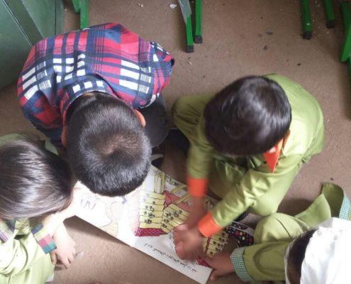 کتاب خانم حنا به گردش میرود، زابل، مهر 96