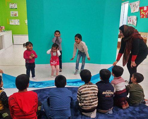 اجرای نمایش عاملی موثر برای تقویت اعتمادبنفس در کودکان، خوانسار، دی 97